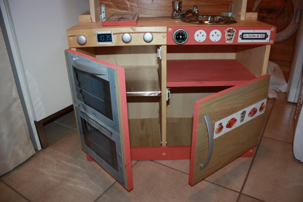 Eyredeco d coration d 39 int rieur fabrication d une - Fabriquer cuisine bois enfant ...
